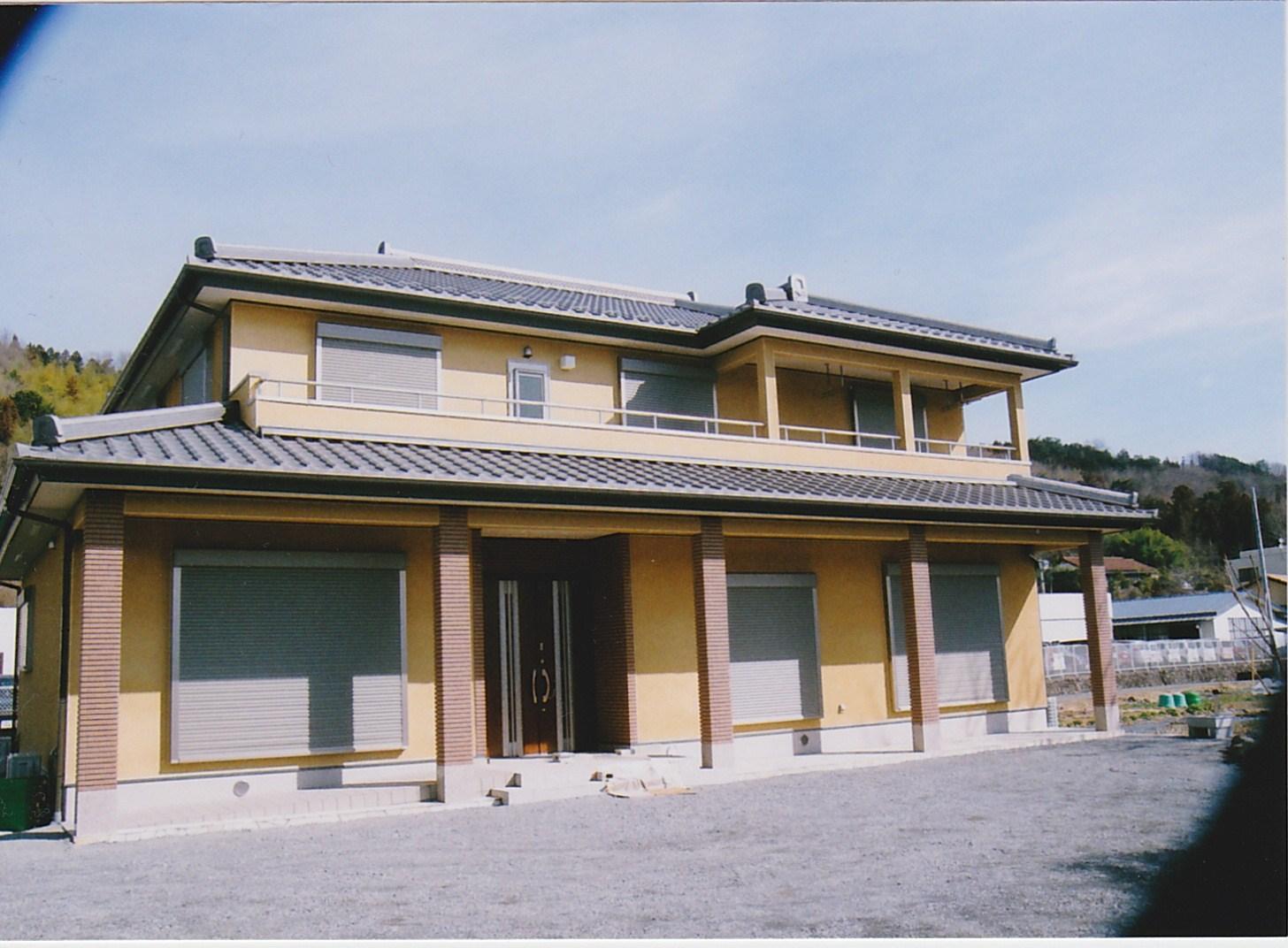 http://yamashige-housing.com/works/IMG_20130719_0007.jpg