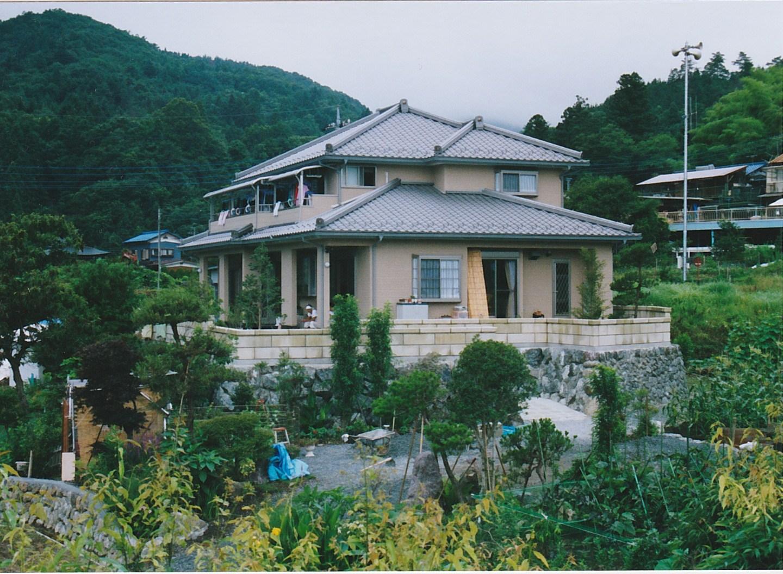 http://yamashige-housing.com/works/IMG_20130719_0008.jpg
