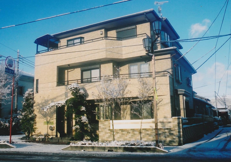 http://yamashige-housing.com/works/IMG_20130730_0001.jpg